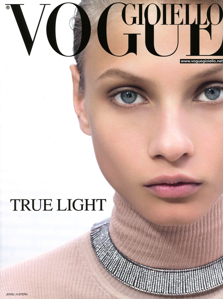 Complice -  vogue white cover.jpg